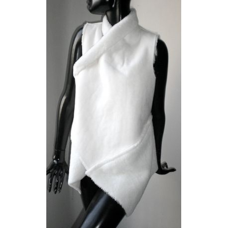 Gilet bianco finta pelliccia