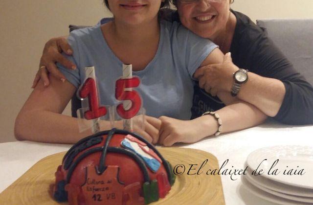 El calaixet de la iaia: Tarta pelota basquet para cumpleaños paso a paso foto a foto