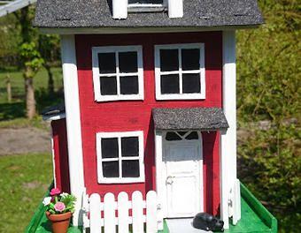 Kleines Vogelfutterhaus zum aufhängen  Garten,Holzbau,Vogelhaus,Tierhaus