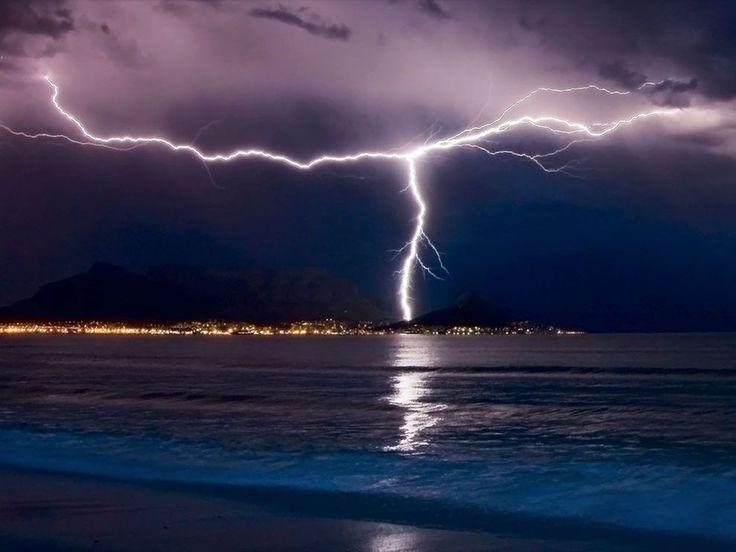 lightning-cape-town
