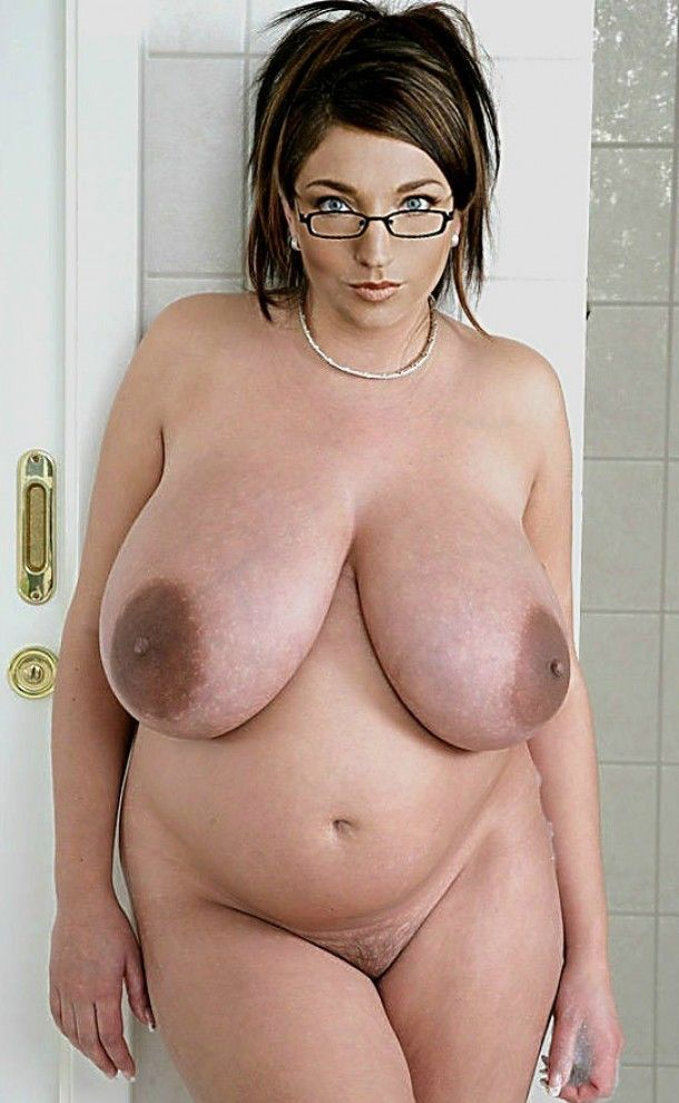 Was Big huge thick naked chics with glasses not