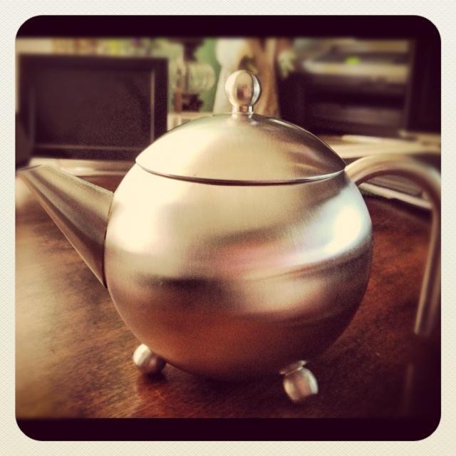 love my Henley Inspired Tea Pot, Steeped Tea Inc. -- plus mine was FREE for hosting a party!!