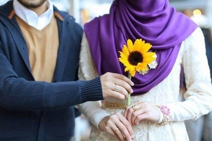 Ketika Berjauhan, Begini Cara Membuat Istri Merasa Senang