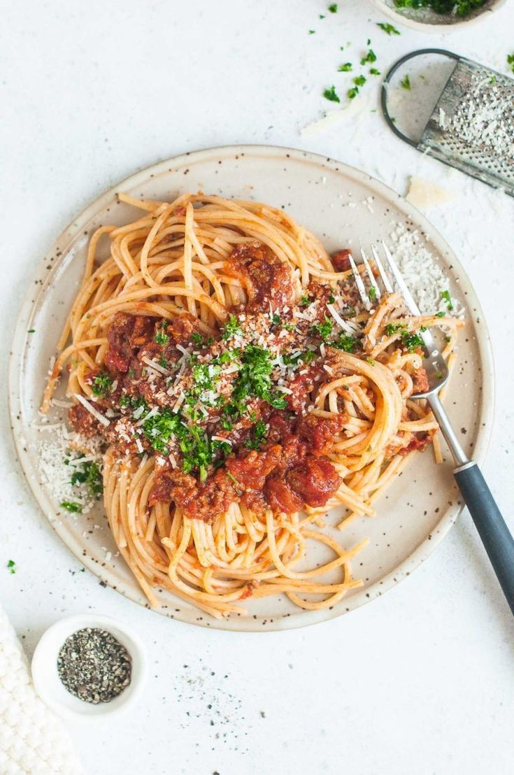 Resep Spaghetti Bolognaise : resep, spaghetti, bolognaise, Traditional, Spaghetti, Bolognese, Step-by-step, Photos, Little, Resep, Fotografi, Makanan,, Makanan, Minuman