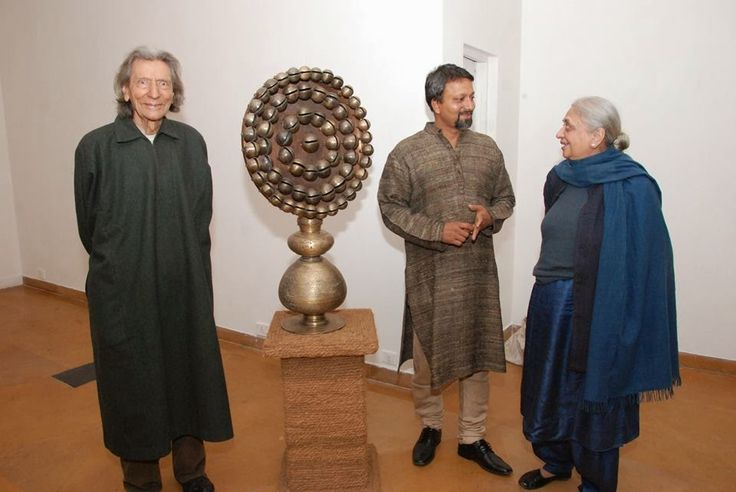 Metal Sculpture artist in India have offered some amazing work both in terms of medieval as well as contemporary art forms.
