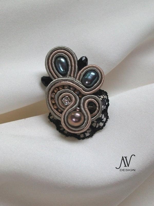 INCONNUE - soutache ring by anneta valious
