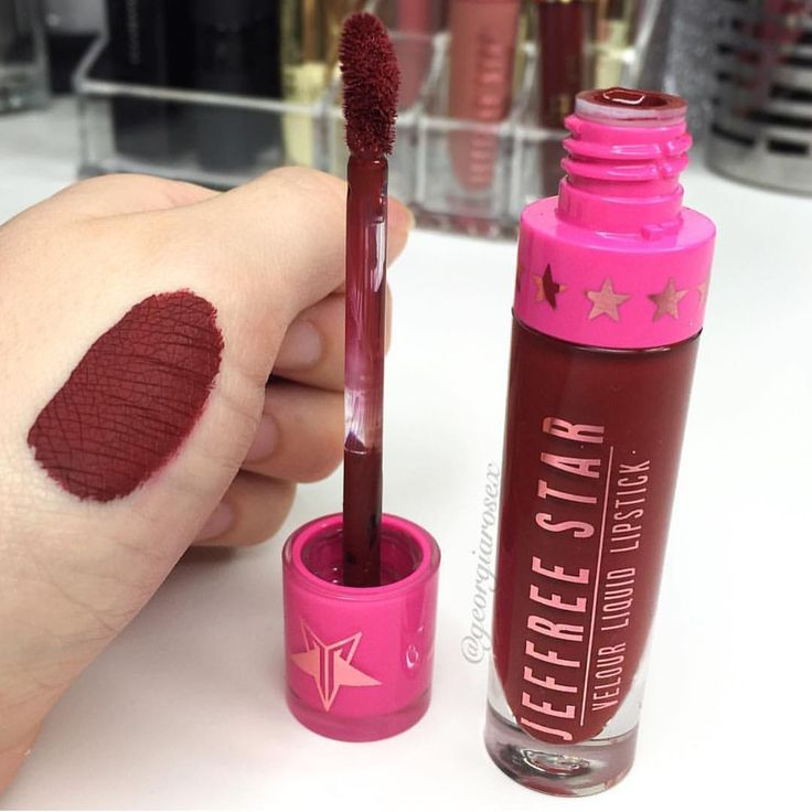 Jeffree Star Cosmetics liquid lipstick in UNICORNBLOOD