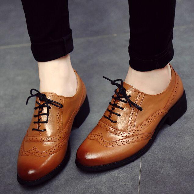 2015 Vendimia De La Manera Talló Brock Zapatos Oxford De Charol Para Mujeres Atan para Arriba Oxfords Brogues Zapatos Planos Causales Mujer