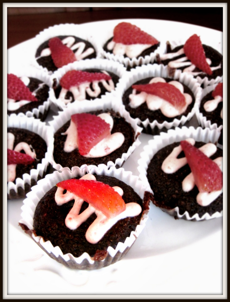Gluten free (Valentines day!)chocolate zucchini cupcakes with ...