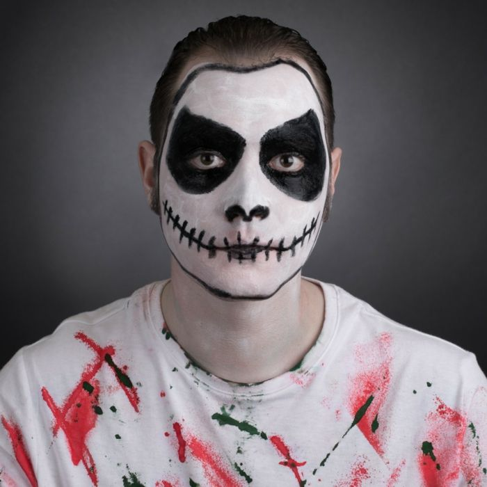 Quatang Gallery - Maquillage Halloween Homme Pour Devenir Zombie Make Up Blanc Et Noir Et Lentilles Maquillage Halloween Homme Deguisement Halloween Homme Maquillage Halloween