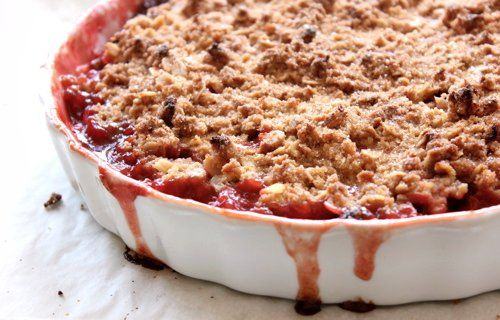 The Bojon Gourmet's (Gluten-Free!) Strawberry Rhubarb Crumble: an unusual mixing method creates a crunchy, cookie-like topping for tart, chunky rhubarb and berries. Delicious with fresh ginger ice cream!