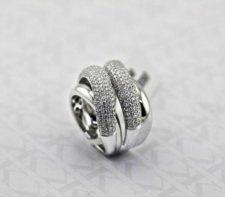 Diamond Dress RIng by Kalfin jewellery #kalfinjewellery #Kalfin 3diamonds #diamond #diamondrings #diamondjewellery #dressring #rings #custommade #handmadejewellery #jewellers #diamondengagementrings #wholesalejewellers #cbdjewellery #Melbourne #collinsst #picoftheday #bestphotooftheday #follow #design #detail #style #love #lovely #fashion #stylebloggers #fashionbloggers #designerjewellery #engagementrings #diamondring #wedding #bride #happy #amazing #follow4follow #couture #luxury