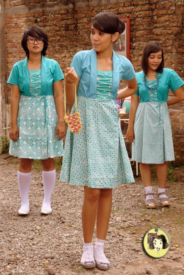 Kutubaru dress. Garut handstamped batik.