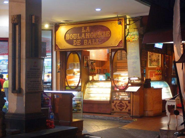 Café Seminyak / La Boulangerie de Bali Jalan Seminyak 17, Seminyak, Bali Phone number: + 62 (0) 361 736 967 Opening Hours: Every day from 7am to 11pm