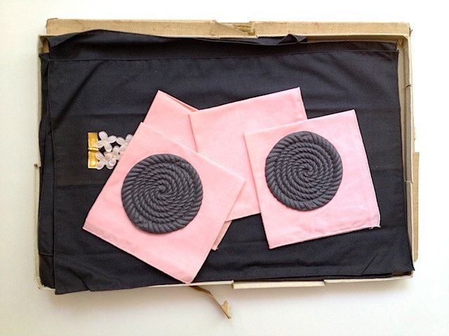 Vintage Placemats Napkins Coasters,  Mid Century Table Settings, 1960's Kitchen Decor, Pink Table Settings, County Kitchen, Bouquet Linens by TheNewtonLabel on Etsy