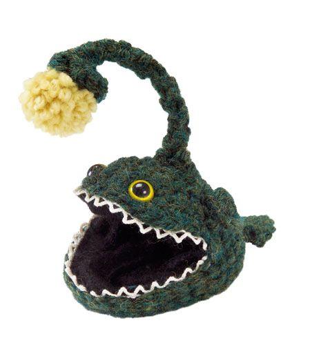 Angler fish crochet pattern from Lion yarnKnits Crochet, Sea Creatures, Free Amigurumi, Fish Crochet, Anglerfish, Angler Fish, Amigurumi Pattern, Sea World, Crochet Pattern