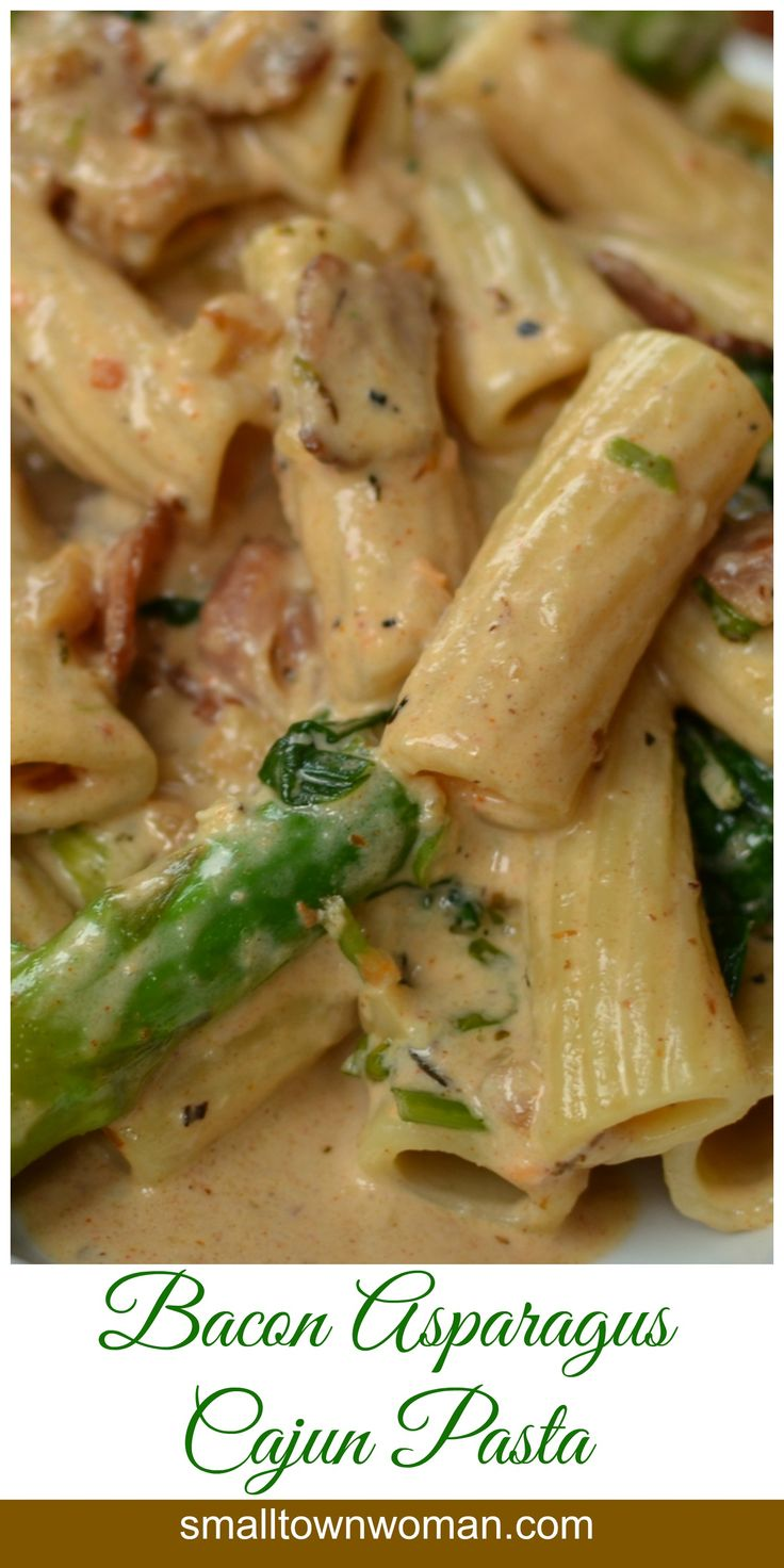 This creamy dreamy pasta is loaded with all kind of goodies…bacon, asparagus, garlic, spinach and a creamy Cajun Parmesan sauce that is to die for.