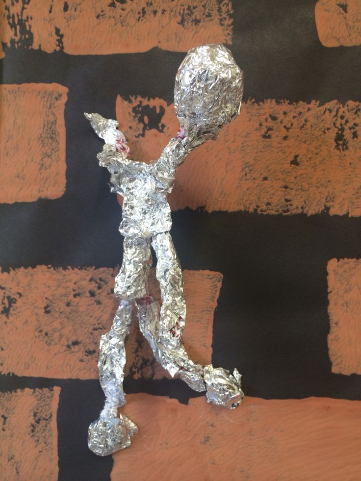 Alberto Giacometti- pipe cleaners and foil
