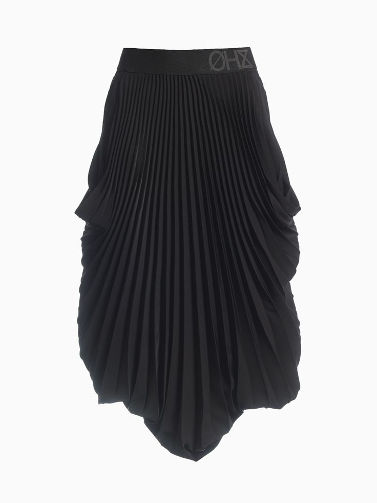 Pleated Half-length Skirt • HANA ZARUBOVA