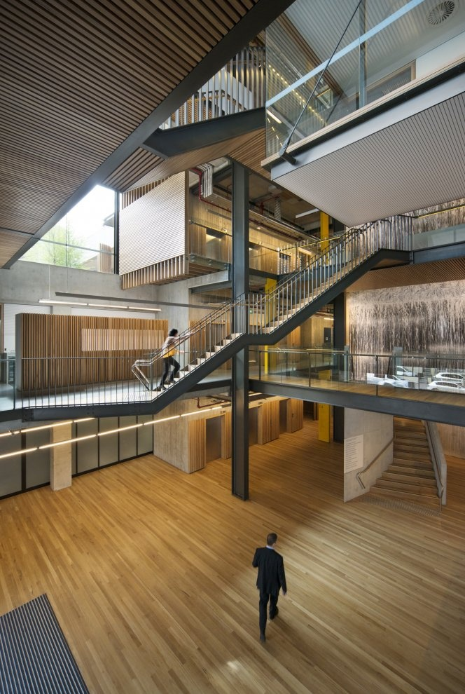 The Kinghorn Cancer Centre Treppen Stairs Escaleras repinned by www.smg-treppen.de