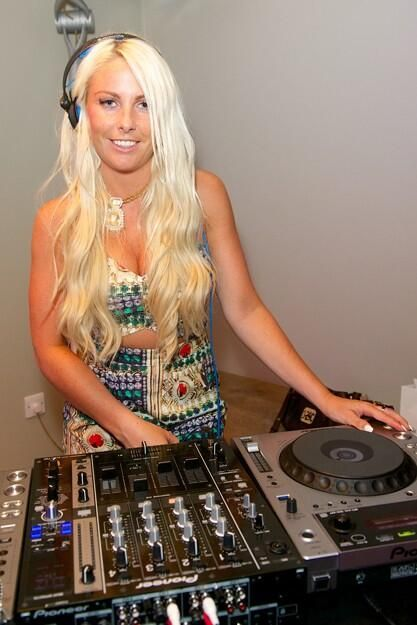 Our amazing DJ Charlie Hedges put on the style and spun the tunes - what a girl!