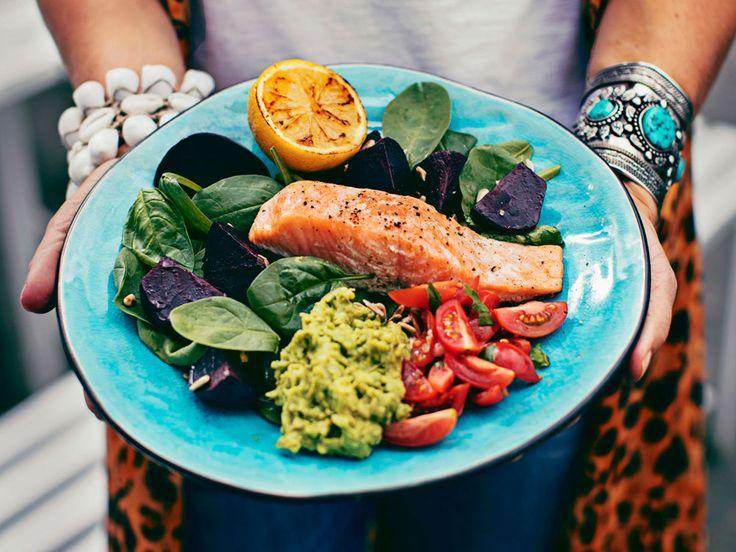 I samband med World Smile Day 2016 har dietisten Anna Ottosson tillsammans med vinhuset Lindeman's tagit fram en färgsprakande och nyttig måltid som får hela kroppen att le.