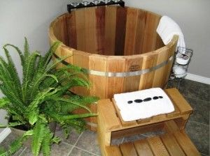 Japanese soaking tub to save tiny space AND be able to soak?! Yes, please