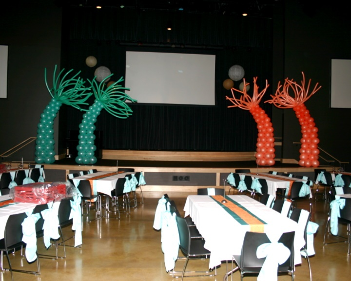 17 best images about decoraciones para eventos for Balloon decoration for stage