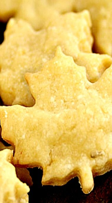 Cheese Crackers - they're intensely cheesy, buttery, spicy, crunchy, and addictive❊