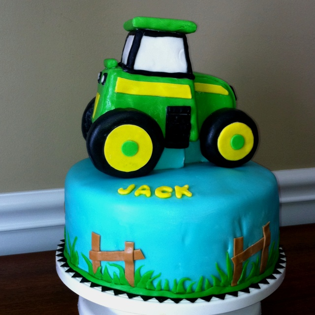 Tractor Cake Decorating : Best images about john deere birthday ideas on