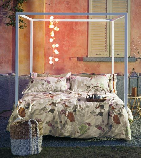 I tessuti più eleganti e raffinati per vestire una camera da letto da sogno