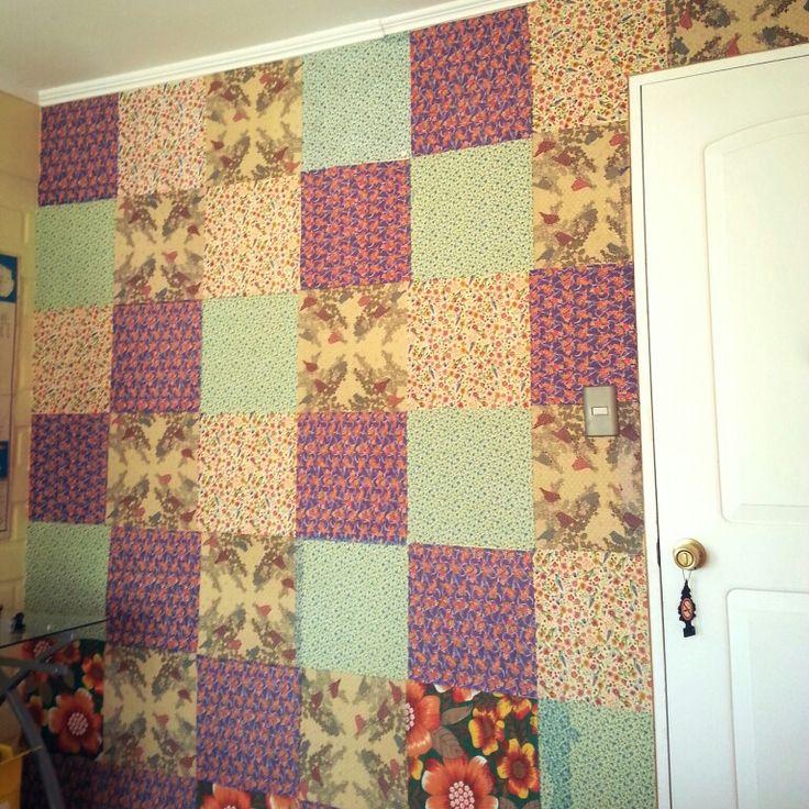 Patchwork mural con servilletas.