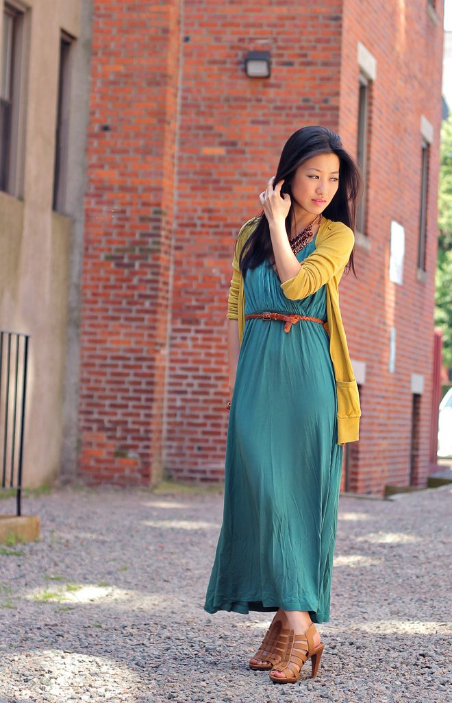 Moss green + mustard yellow color combo | belted maxi dress