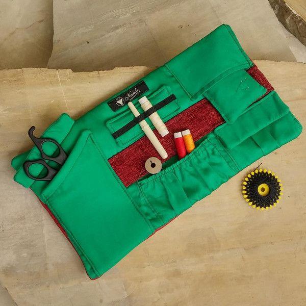 Nähtasche Vintage Optik handmade Nähetui rot von Handgemachte Taschen und Börsen Nandi auf DaWanda.com