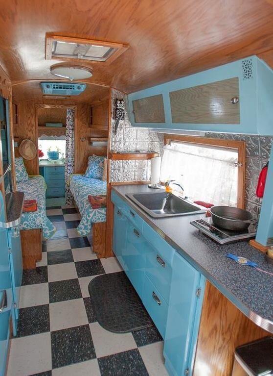 Les 379 Meilleures Images Propos De Vintage Caravan Sur Pinterest Caravane R Tro Camping