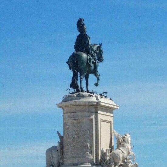 Horsing around... #Statue #Sculpture #Monument #Horse #Monumental #Lisbon #Lisboa #Portugal