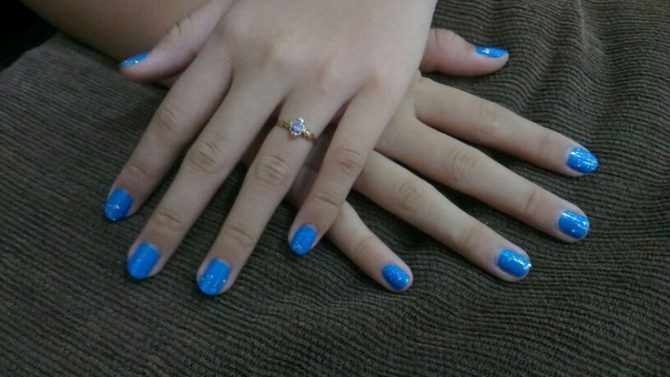 Blue spankin and sparkling Nail Art