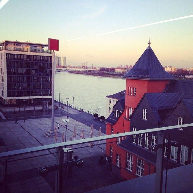 FOM Hochschule Köln I  Partner of Business Management & Applied engineering and technology