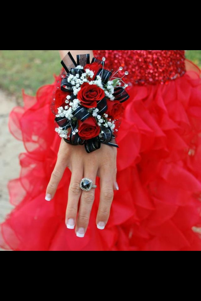 Corsage w/ red roses