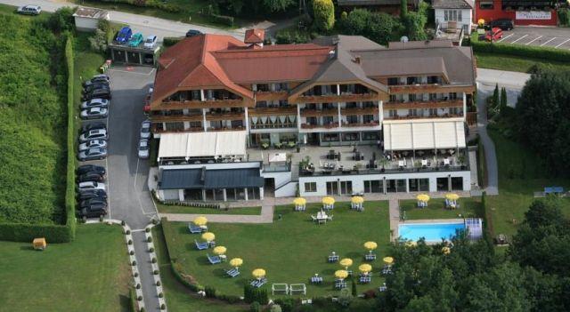 Hotel Schönblick - Schneider - 4 Sterne #Hotel - EUR 67 - #Hotels #Österreich #VeldenamWörthersee http://www.justigo.at/hotels/austria/velden-am-worthersee/hotelschonblick_46519.html