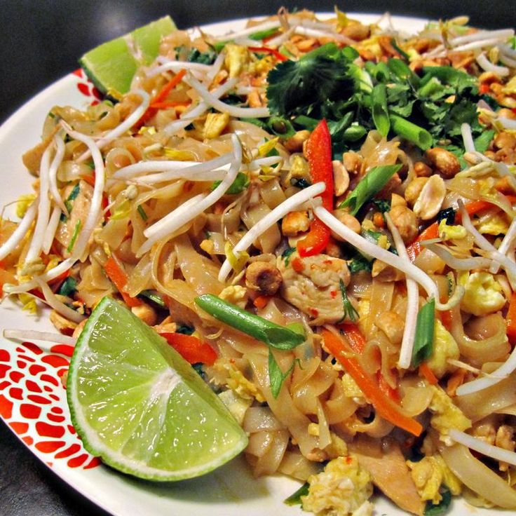 Chicken Pad Thai - Asia Express