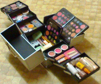 Makeup Kits For Girls Justice   Actually, you can buy all in one make up kits nowadays.It's cheaper to ...