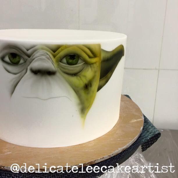 Yoda airbrush cake process