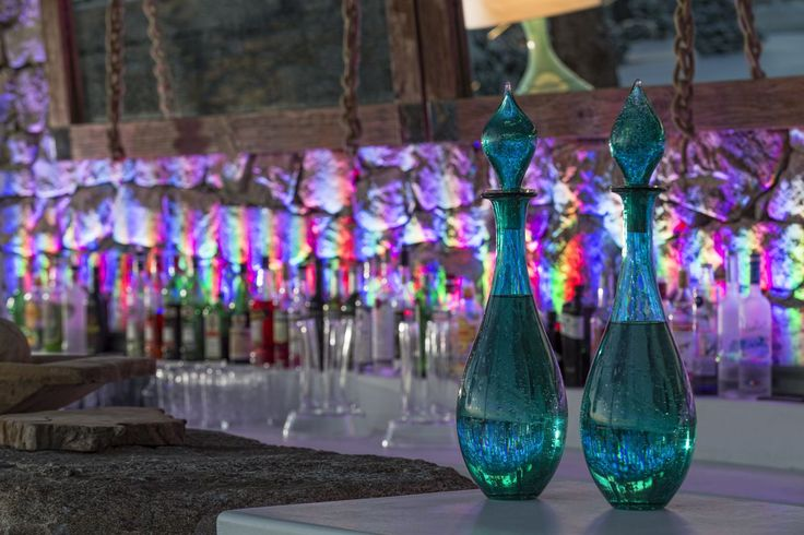 Always ready to match your mood with your favorite drink! #Discover #Art #MyconianUtopia #Lights #Wonderful
