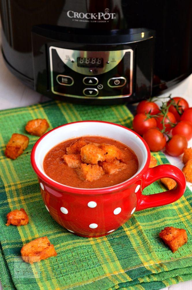 Supa crema de rosii cu crutoane, la slow cooker