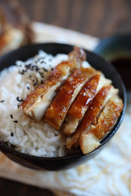 Chicken Teriyaki Recipe, super fast and easy and takes 15 minutes only, including making the teriyaki sauce, and better than your Japanese takeouts | Easy Asian Recipes http://rasamalaysia.com