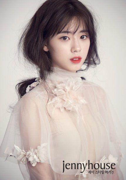 '여고생 한효주' 신세휘, 원조 뺨 치는 청순 드레스 자태 [화보] | Daum 뉴스