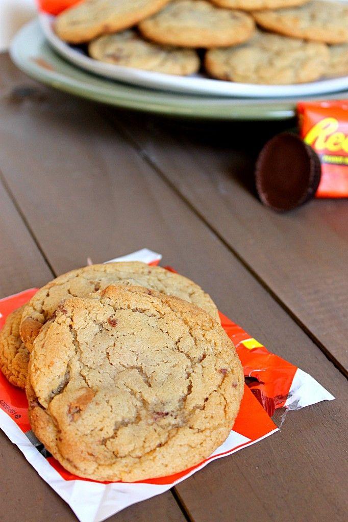 Reese cup cookies via @fabtasticeats