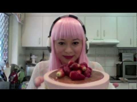 Strawberry and Pink Marshmallow Cheesecake Tutorial