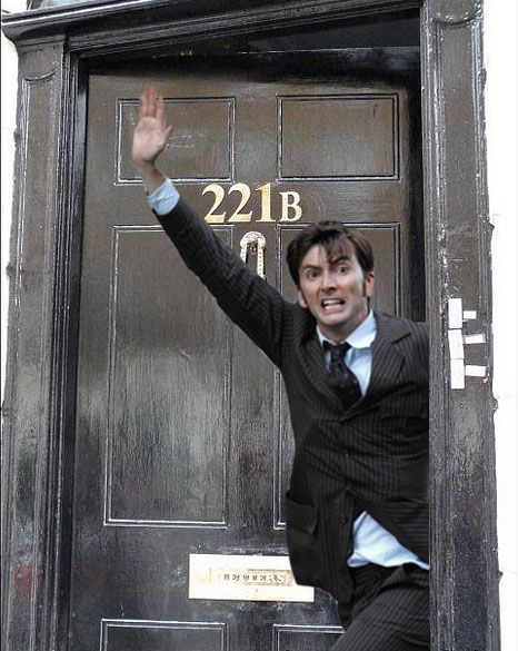 David Tennant In Places He Shouldn't Be! // sherloaf-and-wheatson221b: ♦ Celebrities in...